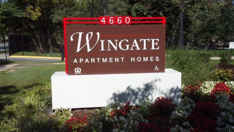 Wingate Apartment sign