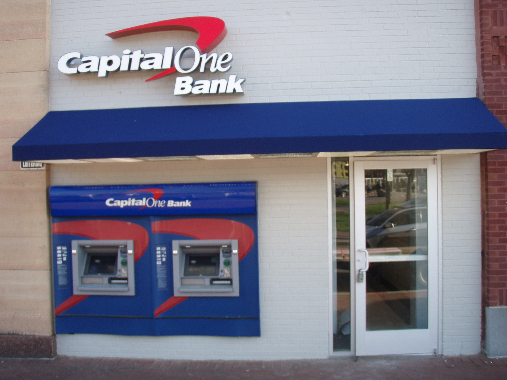 Capital One Bank custom signage